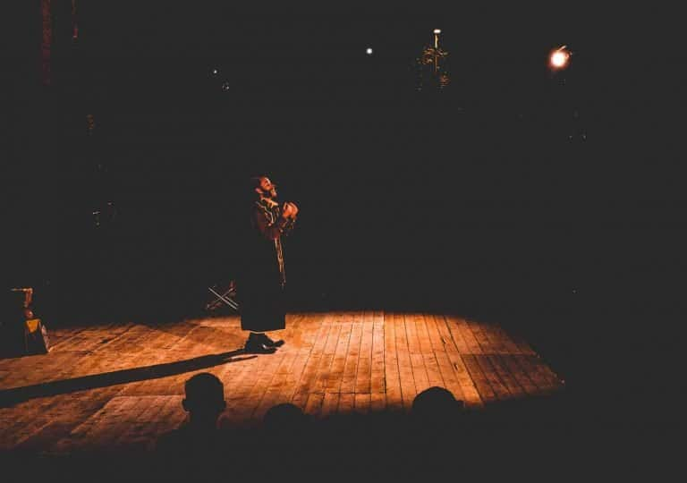 solo stage performance theatre